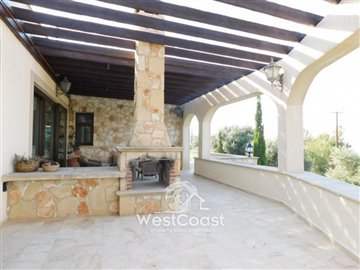 83994-bungalow-for-sale-in-neo-choriofull