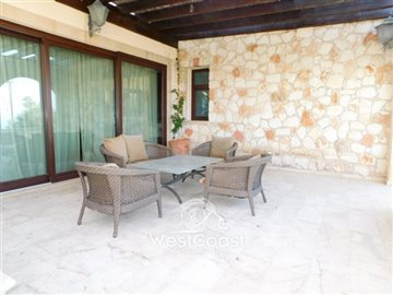 83995-bungalow-for-sale-in-neo-choriofull