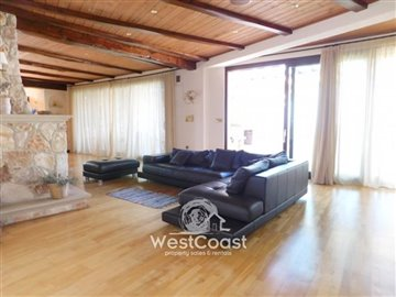 83997-bungalow-for-sale-in-neo-choriofull