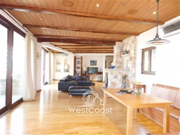 83998-bungalow-for-sale-in-neo-choriofull
