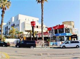 Image No.1-Commercial de 2 chambres à vendre à Kato Paphos