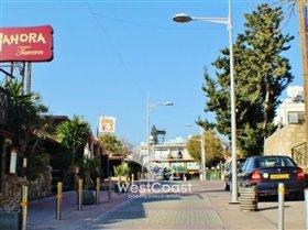 Image No.3-Commercial de 2 chambres à vendre à Kato Paphos