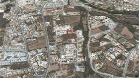 Image No.1-Terrain à vendre à Peyia