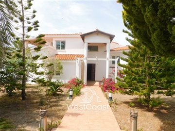 86690-detached-villa-for-sale-in-sea-caves-st