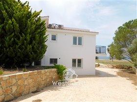 Image No.2-Villa de 7 chambres à vendre à Paphos