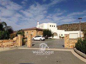 Image No.0-Villa de 4 chambres à vendre à Episkopi