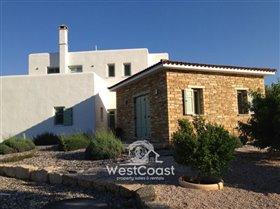 Image No.1-Villa de 4 chambres à vendre à Episkopi