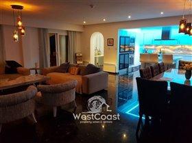 Image No.0-Penthouse de 3 chambres à vendre à Yeroskipou