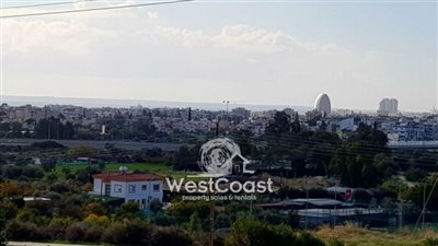 93401-residential-land-for-sale-in-mesovounia
