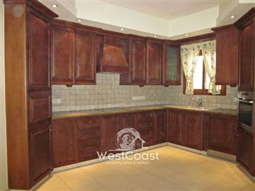 95340-bungalow-for-sale-in-pyrgosfull