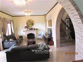 Image No.5-Villa de 4 chambres à vendre à Tsada