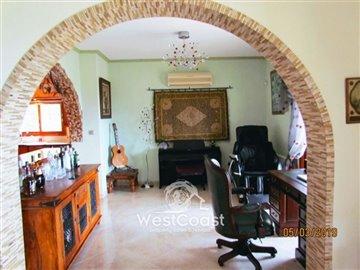 98169-detached-villa-for-sale-in-tsadafull