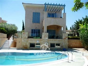 99905-detached-villa-for-sale-in-latchifull