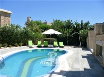 99909-detached-villa-for-sale-in-latchifull
