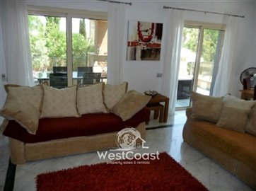 99900-detached-villa-for-sale-in-latchifull