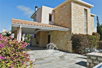 99911-detached-villa-for-sale-in-latchifull