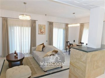 99912-detached-villa-for-sale-in-latchifull