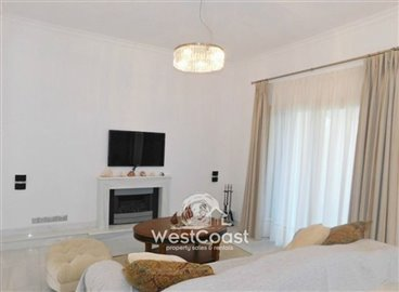 99913-detached-villa-for-sale-in-latchifull