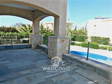99916-detached-villa-for-sale-in-latchifull