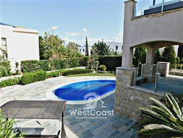 99918-detached-villa-for-sale-in-latchifull