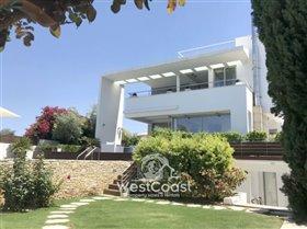 Image No.1-Villa de 4 chambres à vendre à Lachi