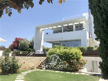100476-detached-villa-for-sale-in-latchifull