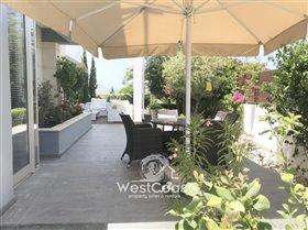 Image No.4-Villa de 4 chambres à vendre à Lachi