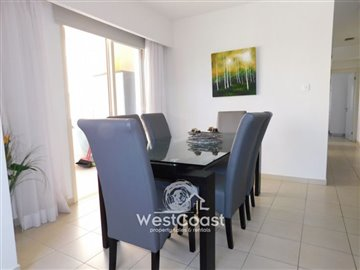 106735-apartment-for-sale-in-universalfull