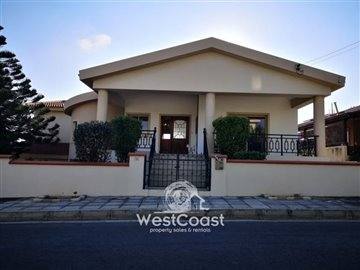 108451-detached-villa-for-sale-in-petridiaful