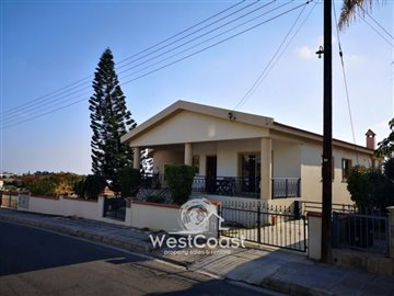 108452-detached-villa-for-sale-in-petridiaful