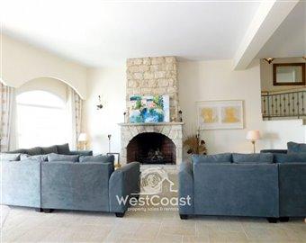 108544-detached-villa-for-sale-in-akoursosful