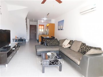109298-town-house-for-sale-in-universalfull