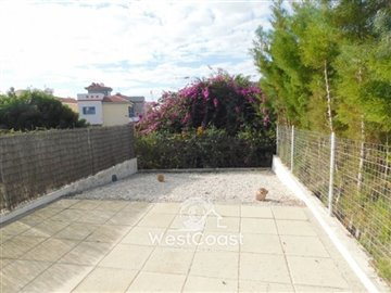 109303-town-house-for-sale-in-universalfull