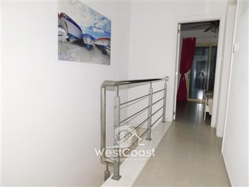 109304-town-house-for-sale-in-universalfull
