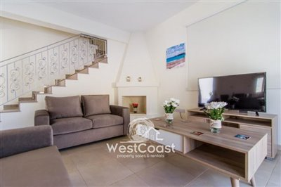 112557-detached-villa-for-sale-in-polisfull