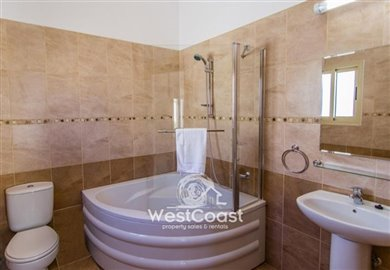 112562-detached-villa-for-sale-in-polisfull