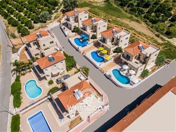 112563-detached-villa-for-sale-in-polisfull