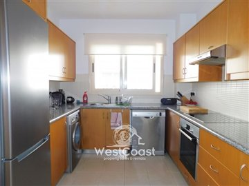 112968-town-house-for-sale-in-universalfull