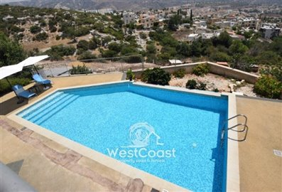 113109-apartment-for-sale-in-peyiafull