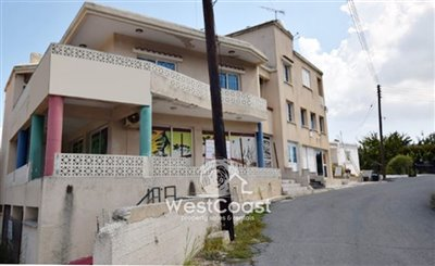 113261-building-for-sale-in-gioloufull