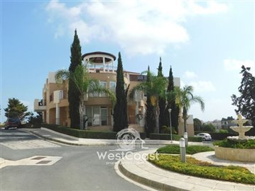 113566-penthouse-for-sale-in-universalfull