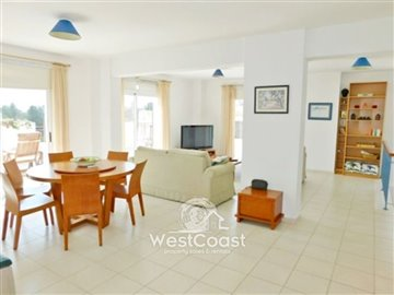 113547-penthouse-for-sale-in-universalfull