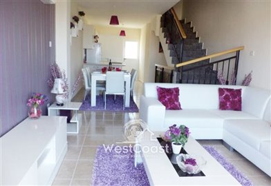 114297-town-house-for-sale-in-peyiafull
