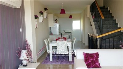 114292-town-house-for-sale-in-peyiafull