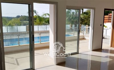 115214-apartment-for-sale-in-yeroskipoufull