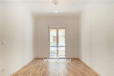 122724-apartment-for-sale-in-kipselifull