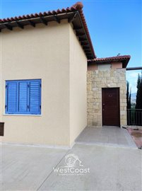 124695-town-house-for-sale-in-prodromifull