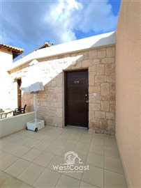 124705-town-house-for-sale-in-prodromifull
