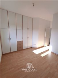 124732-town-house-for-sale-in-prodromifull