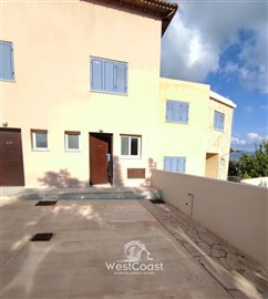 124737-town-house-for-sale-in-prodromifull